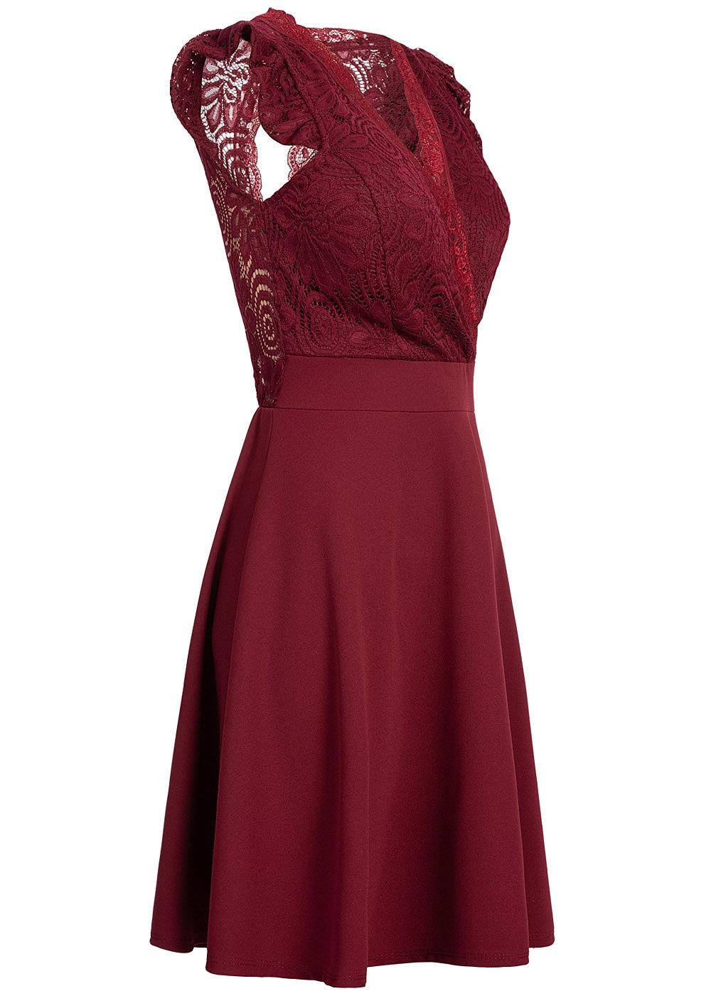 Styleboom Fashion Damen Mini Kleid Spitzen Details Brustpads bordeaux rot